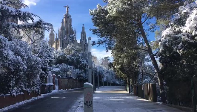 El Tibidabo amanece nevado