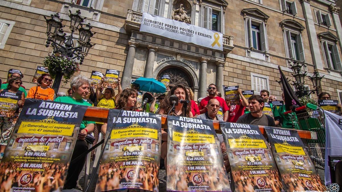 Protesta de Aturem la Subhasta en Sant Jaume.