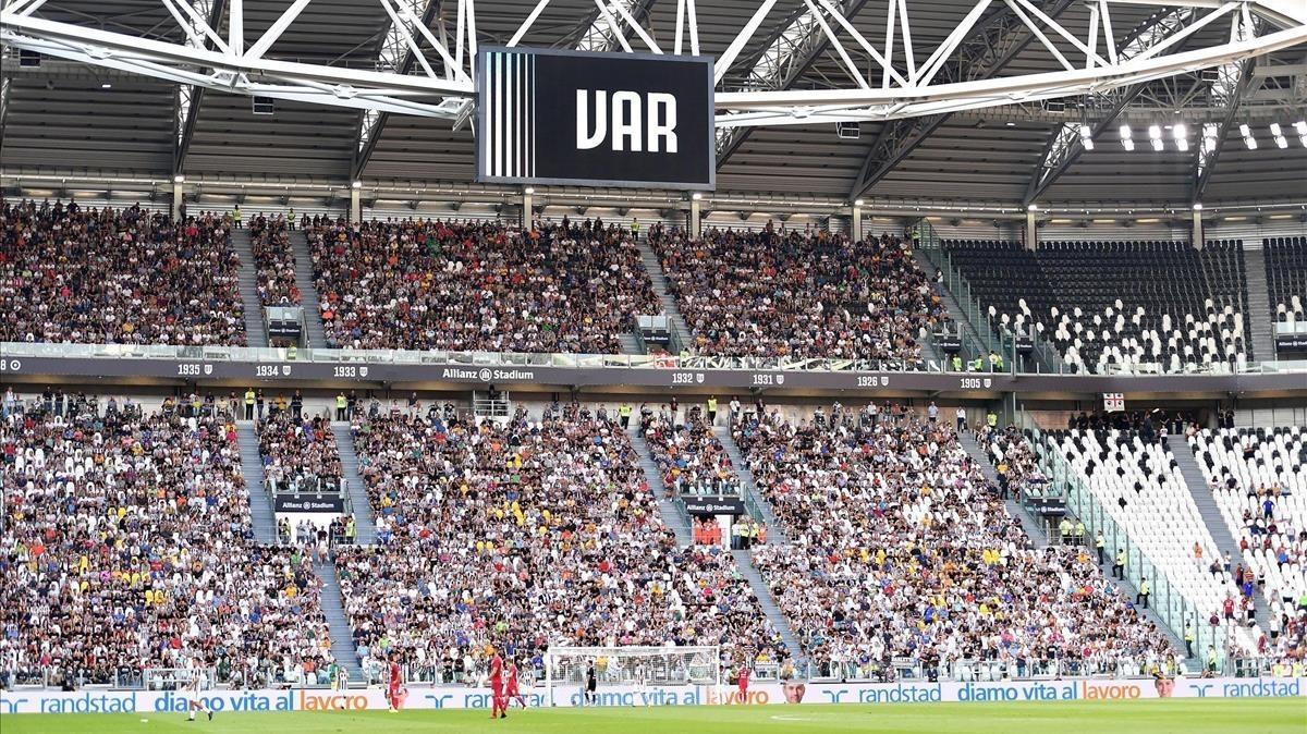 Aviso del uso del VAR en el Juventus-Cagliari de la pasada jornada.