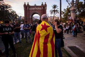 Concentración de protesta en los alrededores del TSJC.