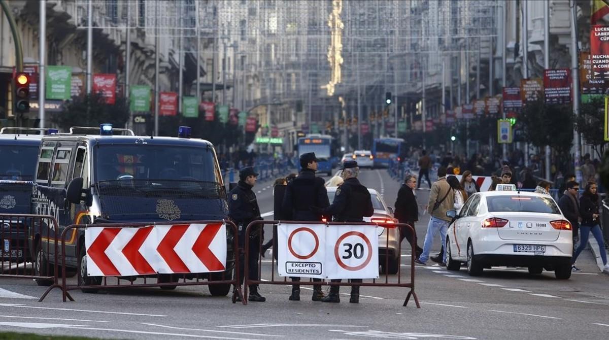Dispositivo de seguridad en la Cabalgata de Madrid, el pasado enero.
