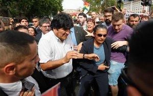 Evo Morales con lasMadres de Plaza de Mayo en Argentina.