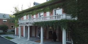 Exterior del Palacio de la Moncloa.