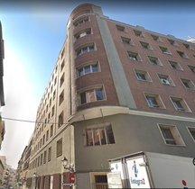 Fachada del edificio okupado por Hogar Social.