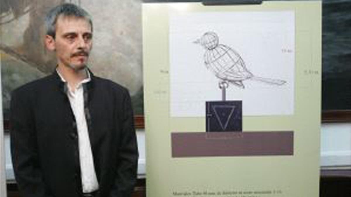 El escultor Luis Quintero.