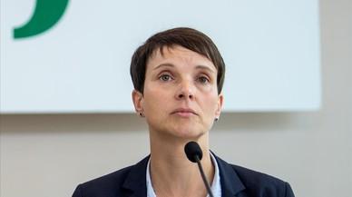 La copresidenta de la ultraderecha alemana abandona el partido