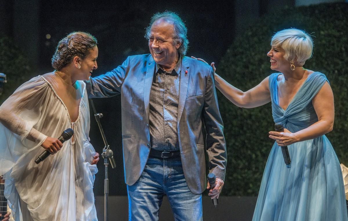 Noa, Joan Manuel Serrat y Pasión Vega, en el festival Jardins de Pedralbes.