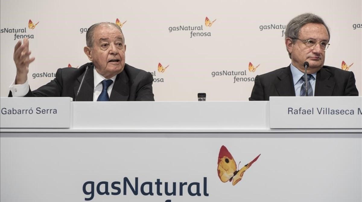 El presidente de Gas Natural, Salvador Gabarró, y el consejero delegado Rafael Villaseca, a su derecha.