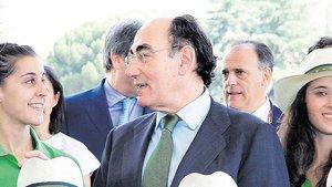 Ignacio Galán, Carolina Marín y deportistas españolas en el CSD.