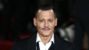 Johnny Depp en la presentación de su última película Asesinato en el Orient Express
