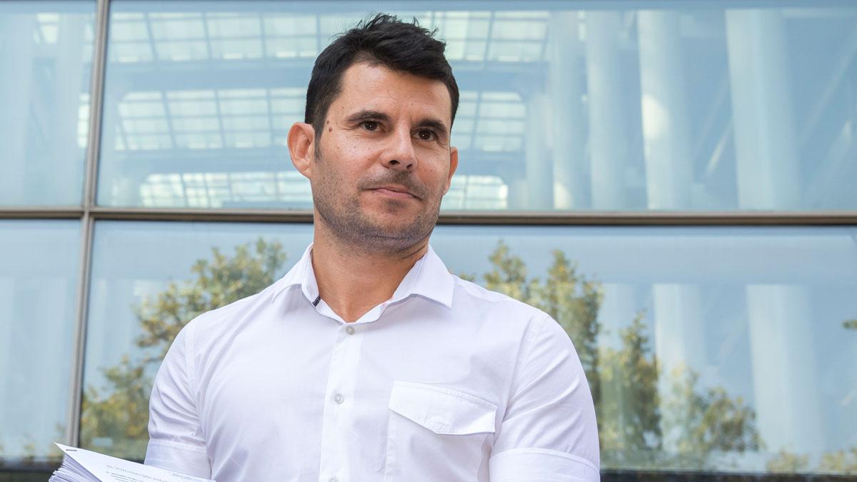 Javier Sánchez, supuesto hijo de Julio Iglesias, en septiembre del año pasado, cuando presentó la demanda de paternidad contra el cantante.