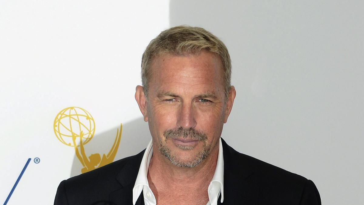 Kevin Costner cobra por cada episodio de la serie Yellowstone 500.000 dólares.