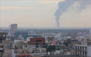 Ataques aéreos en la ciudad de Trípoli.
