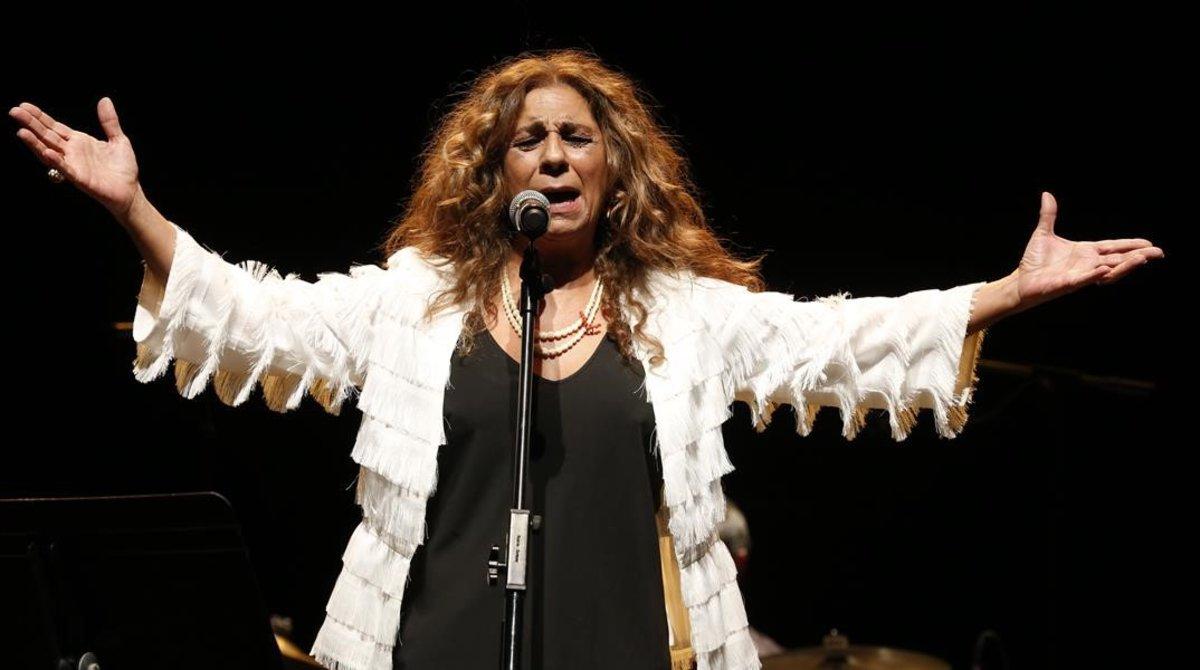 Lolita, en el concierto de homenaje a Moncho, en el Auditori, el pasado 14 de enero.