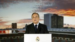 Florentino presenta el balance económico de la pasada temporada en el Santiago Bernabéu.
