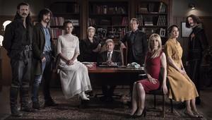 El elenco principal de la serie de TVE-1 El Ministerio del Tiempo, que regresa a TVE-1.