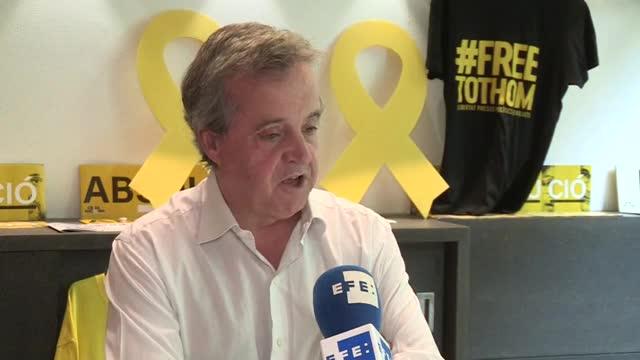 El secretario general de la Crida Nacional per la República y diputado de JxCat en el Parlament, Antoni Morral, ha opinado que, en el proceso de reordenación del espacio político de Junts per Catalunya, se tendría que plantear que el PDeCAT se disolviese.
