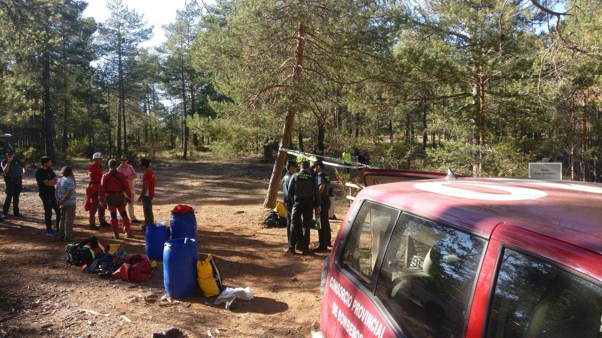 Operativo de rescate del espeleólogo que ha fallecido en una cueva de Guadalajara.