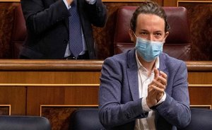 """Iglesias avisa a Casado de que su ruptura con Vox """"llega tarde"""""""