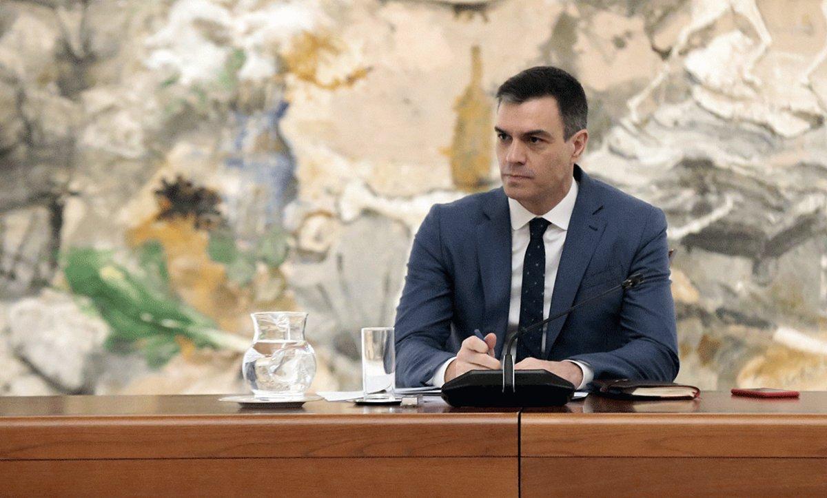 El presidente del Gobierno, Pedro Sánchez, durante la reunión del Comité Técnico de Gestión del Covid-19, en la Moncloa, el 27 de abril.