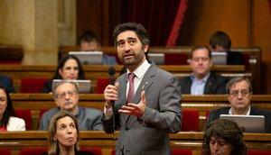 El 'conseller' de Polítiques Digitals i Funció Pública, Jordi Puigneró, durante un pleno del Parlament.