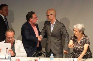 El republicà Jordi Seguer relleva el socialista Francesc Juzgado a l'alcaldia de Parets