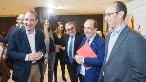 Rueda de prensa del PSC y Units per Avançar, con la presencia de Miquel Iceta y Ramon Espadaler, entre otros.