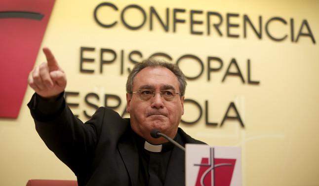 El secretario general y portavoz de la Conferencia Episcopal, José Maria Gil Tamayo, el pasado día 14 de marzo.