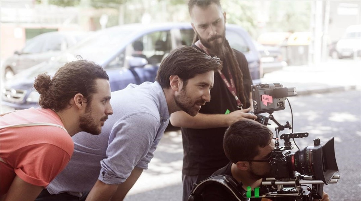 El director David Velduque, durante el rodaje del cortometraje 'No place like home'.