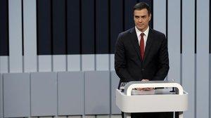 Sánchez cedeix i anirà a dos debats: dilluns a TVE i dimarts a Atresmedia