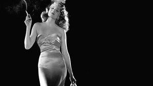 Rita Hayworth: marcada pels abusos sexuals del seu pare