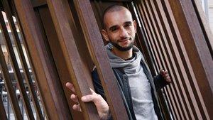 Hakim Djaziri, autor y protagonista deDésaxé,en Barcelona.