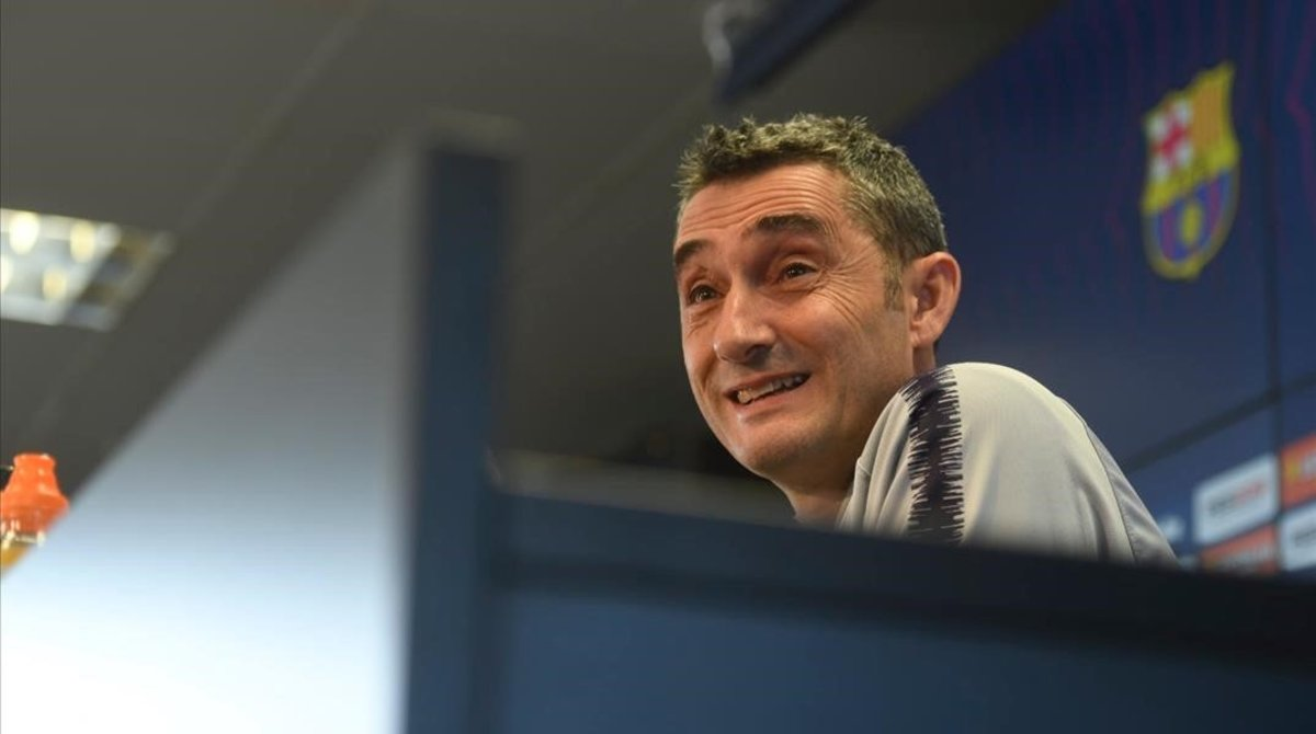 Ernesto Valverde, durante la comparecencia ante la prensa.