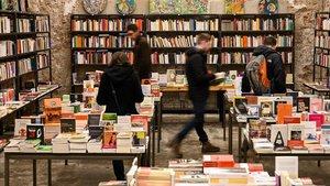 Interior de la librería Calders de Barcelona.