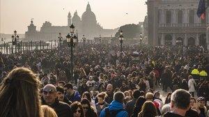 La classe turista: viatjar no és el que creuen