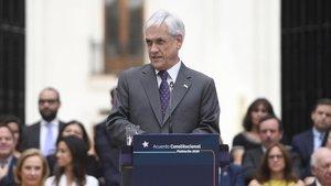 Piñera defensa l'acció dels Carrabiners tot i que admet «atropellaments» als drets humans