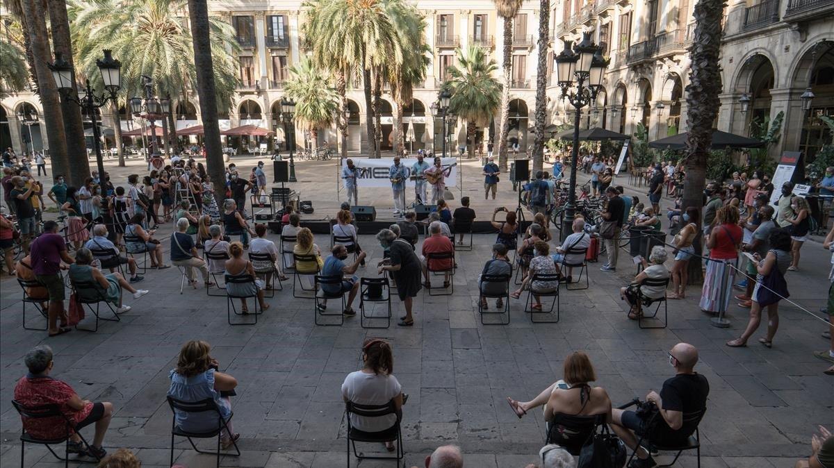 El concierto del Cuarteto Sabor Cubano en la plaza Reial, el pasado lunes.