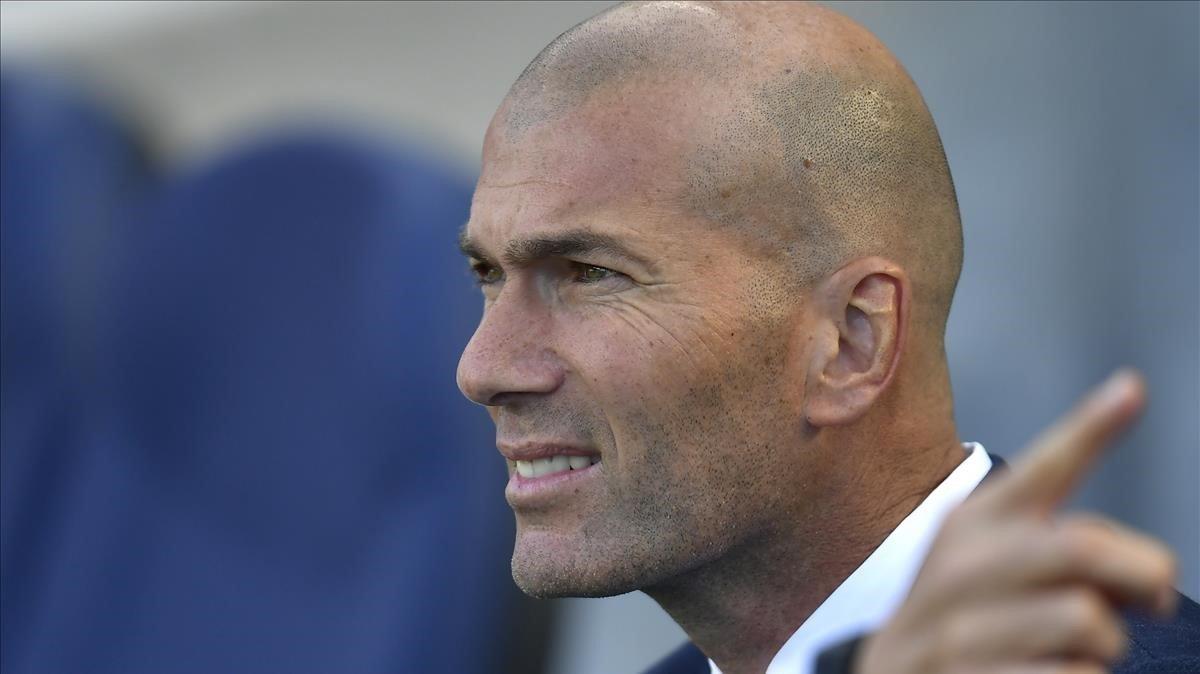 Zidane, en Anoeta durante el partido del Madrid contra la Real Sociedad.