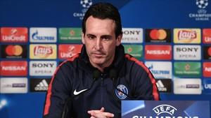Unai Emery, durante la rueda de prensa de este lunes en París