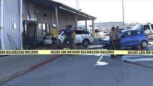 Almacén en Red Bluff (California) donde se ha registrado el tiroteo mortal.