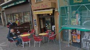 Bar and Britz, el bar que regentaba Barend Britz en Perpinyà .