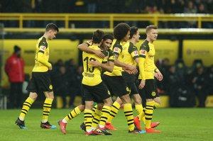 El Borussia Dortmund requiere del triunfo en la última semana y una derrota del Bayern