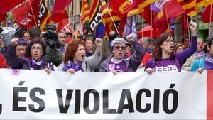 Cabecera de la manifestación en Barcelona.
