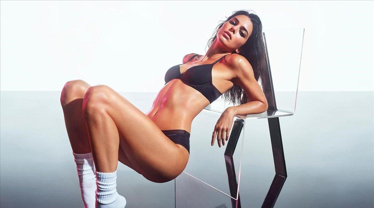 Kendall Jenner posa para la nueva campaña de ropa interior de Calvin Klein.
