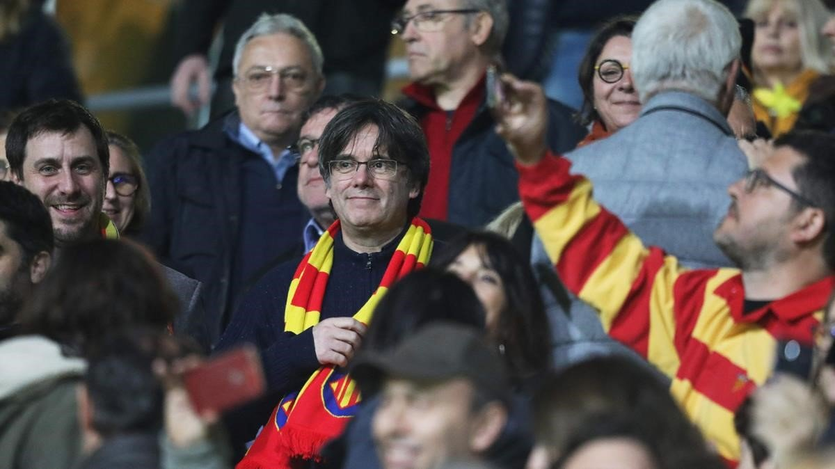 Carles Puigdemont, en el partido de rugbi entre la USAP de Perpinyà y el Rouen.