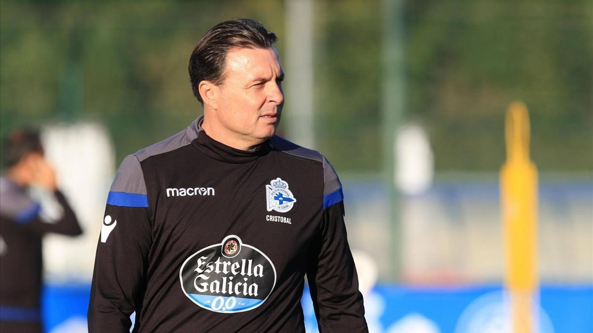 Cristóbal Parralo, entrenador del Deportivo.