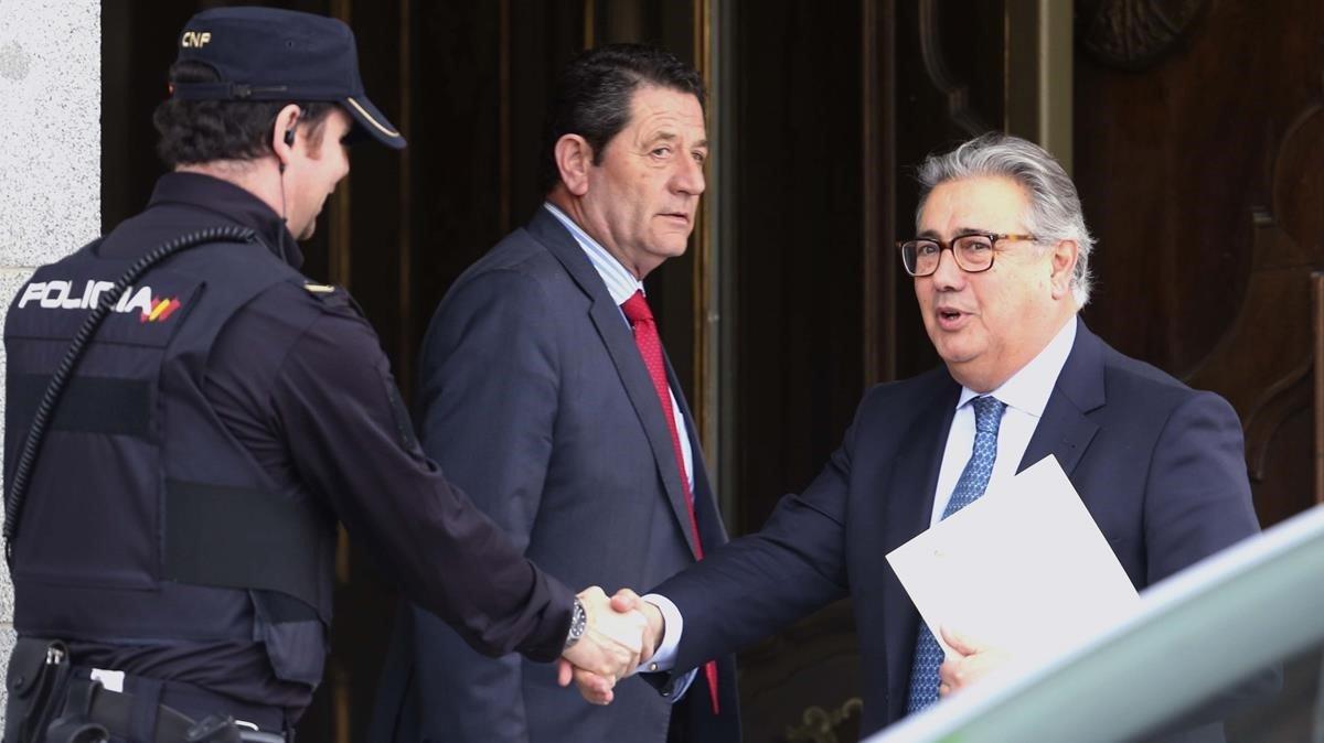 El exministro del Interior, Juan Ignacio Zoido, a su llegada al Tribunal Supremo.
