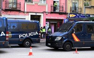 Furgonetas de la Policía Nacional.