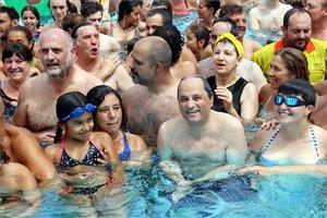 Unes 100.000 persones participen en la iniciativa 'Mulla't per l'esclerosi múltiple'