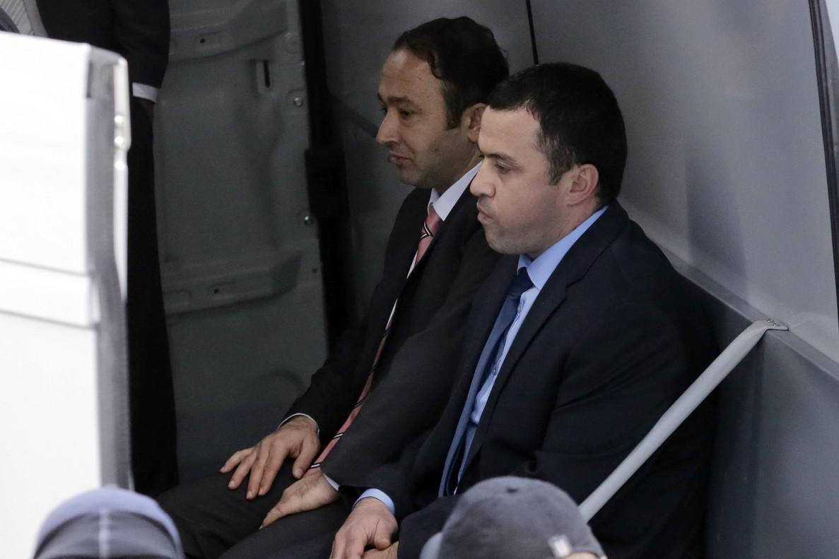 Dos de los militares que huyeron a Grecia.